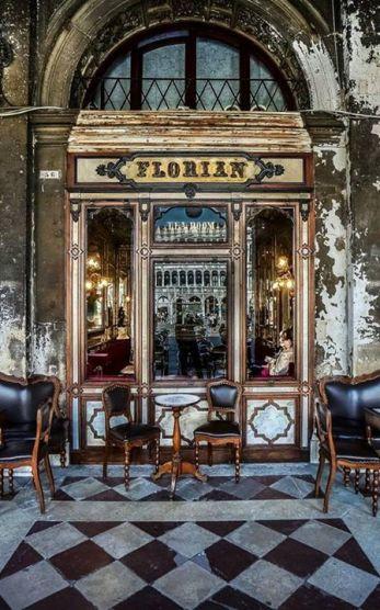 cafe-florian-mea-gloria-fides
